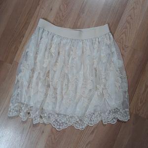 Forever 21 ivory skirt w/ lace overlay sz Large